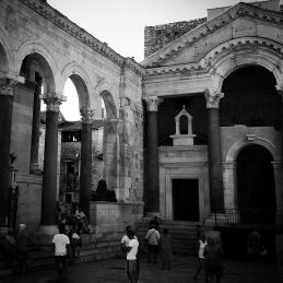 Peristilo y Templo de Júpiter